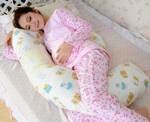 Подушка между ног для сна